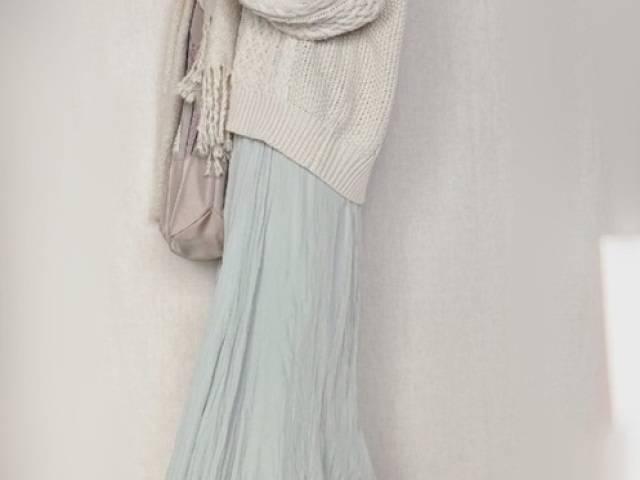 冬コーデの女性