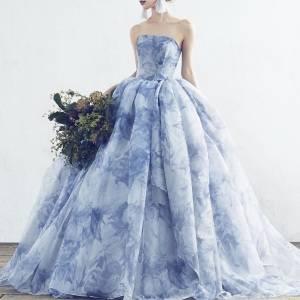 花柄のウェディングドレス